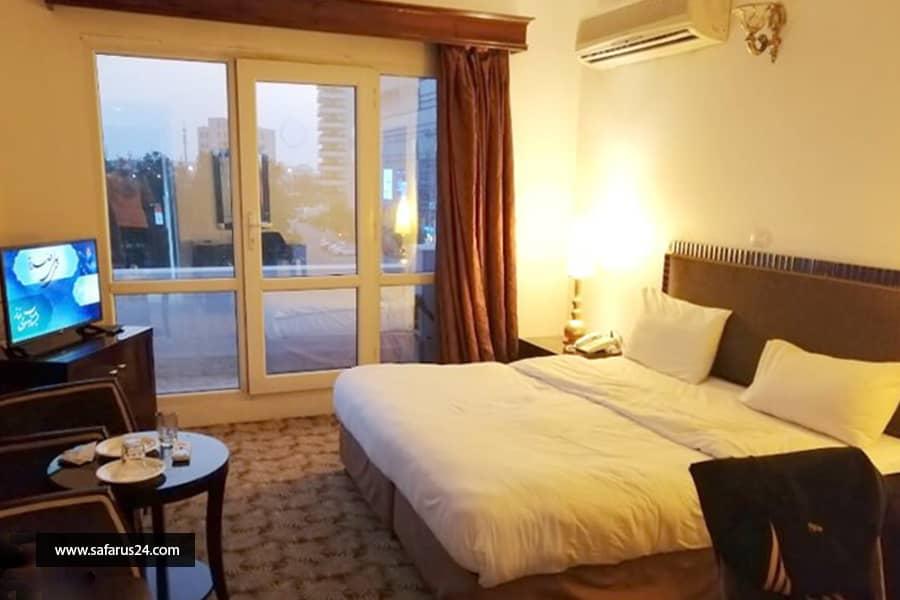 تور کیش از اصفهان هتل سارا