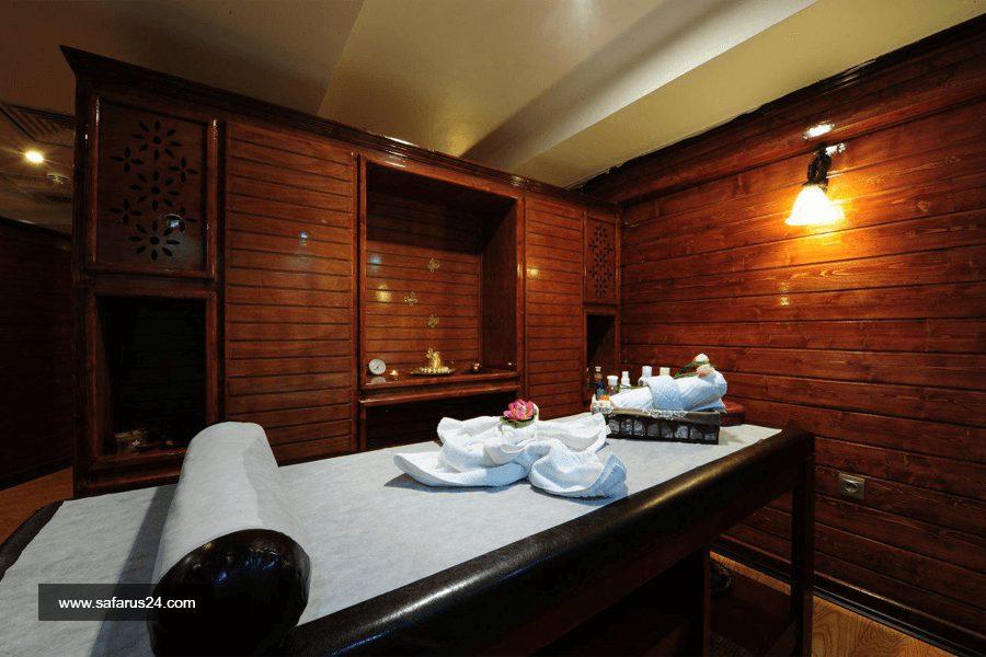 اتاق ماساژ هتل قصر طلایی مشهد