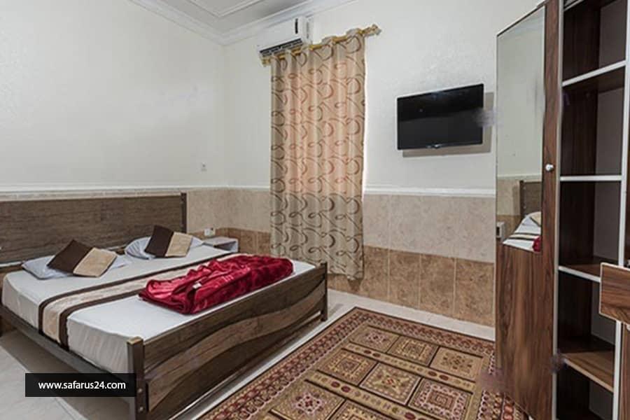 تور کیش از اصفهان هتل ققنوس