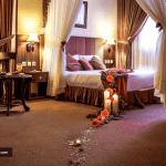 اتاق هتل کیانا مشهد
