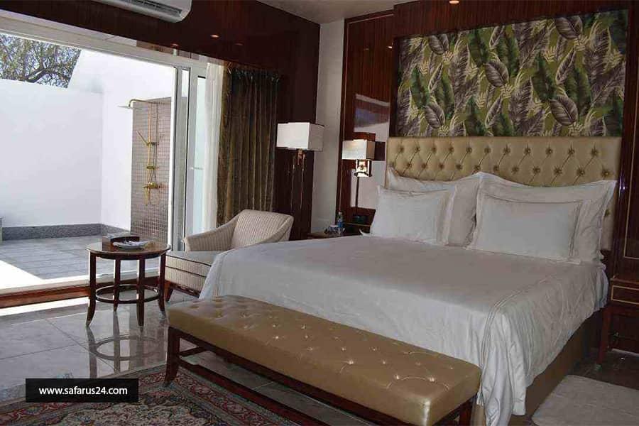 تور کیش از تهران هتل داریوش