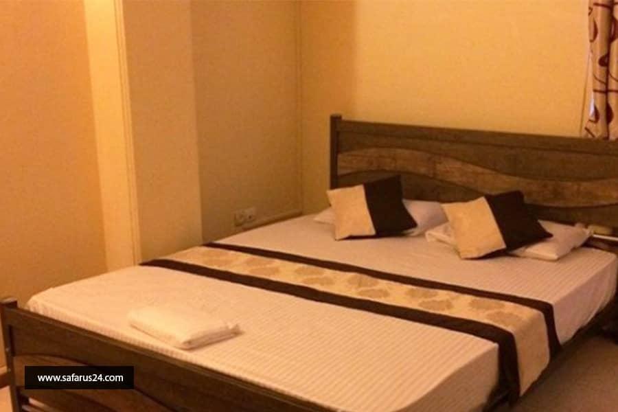 تور کیش از تهران هتل ققنوس