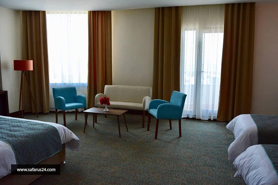 تور کیش از ساری هتل لیلیوم