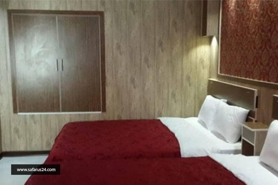 تور کیش از ساری هتل پانیذ