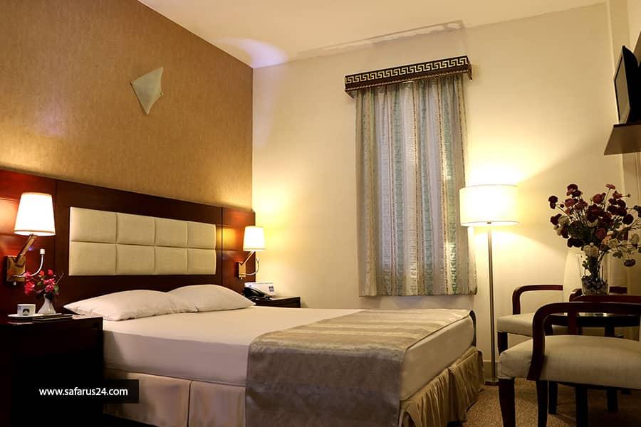 تور کیش از تهران هتل تعطیلات