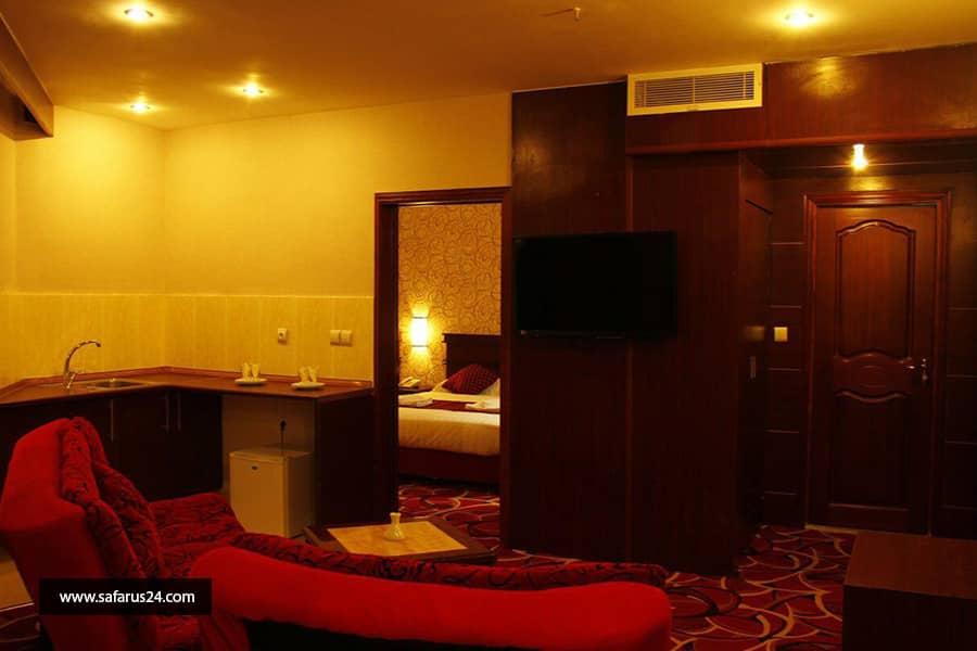 تور کیش از شیراز هتل پارمیدا