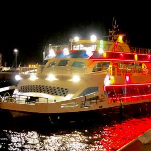کشتی تفریحی تارا