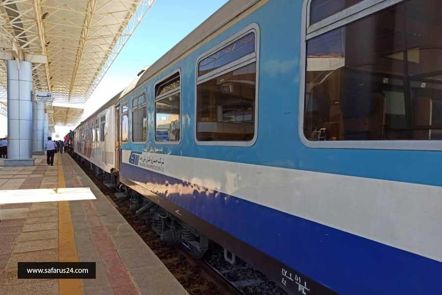 تور زمینی مشهد از شیراز با قطار