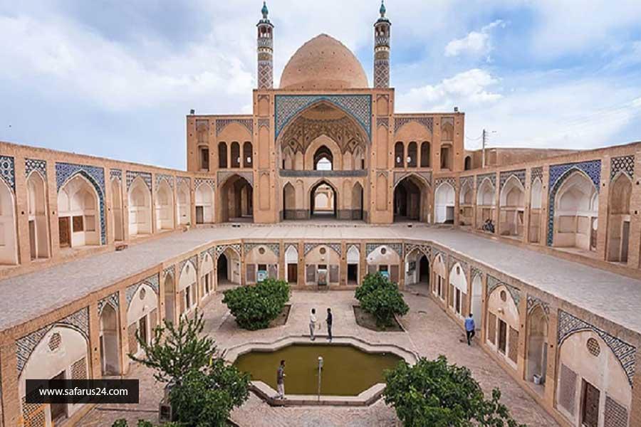 آثار تاریخی در تور زمینی مشهد از تبریز